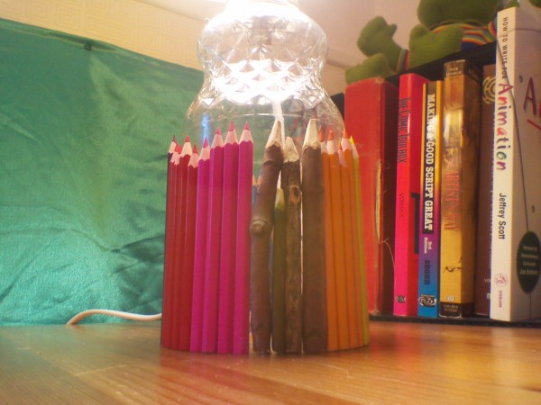 dollarama pencil crayons, twigs, lamp, lamp shade, diy lamp