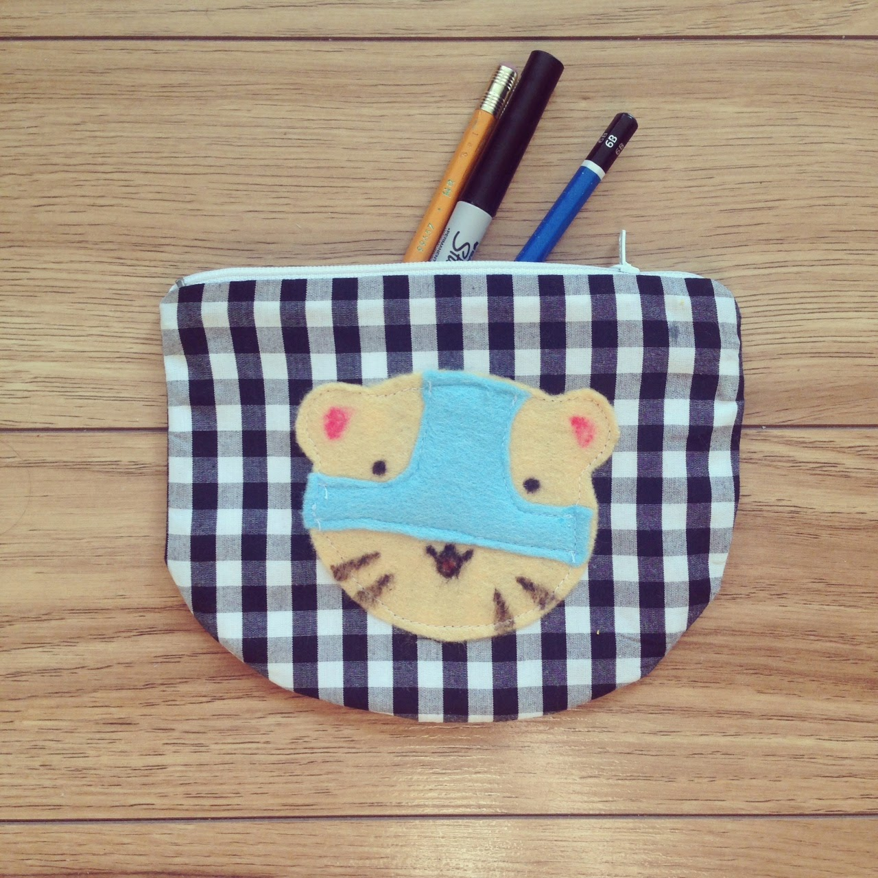 underwear tiger makeup pouch