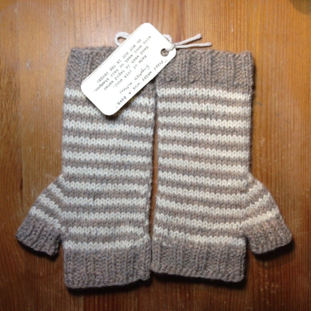 fingerless mittens!